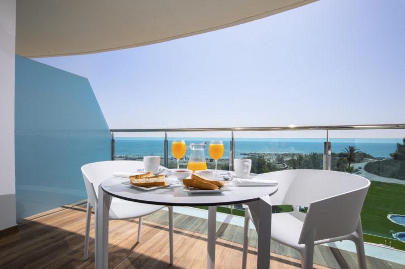 Alcossebre-Sea-Experience-4-Estrellas-Apartamento-2-dormitorios-Familiar-Frontal-Vista-Mar-Terraza