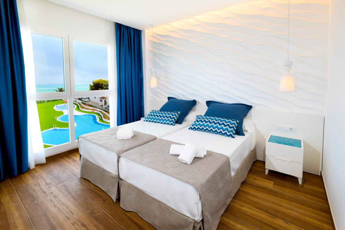 Alcossebre-Sea-Experience-4-Estrellas-Apartamento-2-dormitorios-Frontal-Vista-Mar-Dormitorio