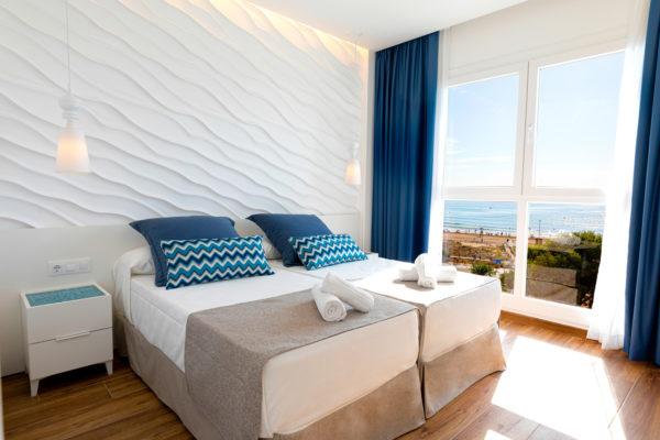 Alcossebre-Sea-Experience-4-Estrellas-Apartamento-2-dormitorios-Frontal-Vista-Mar-Dormitorio-Vistas