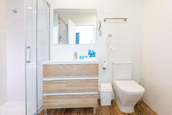 Alcossebre-Sea-Experience-Aparthotel-4-Estrellas-Apartamento-1-dormitorio-Baño