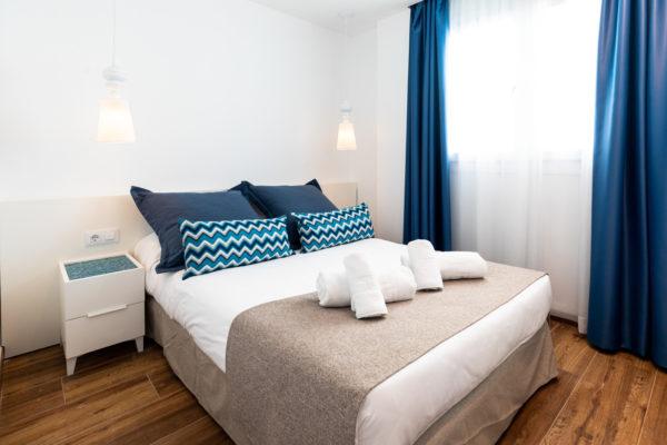 Alcossebre Sea Experience Aparthotel 4 Estrellas Apartamento 2 Dormitorios Vista Piscina y Mar Dormitorio Secundario