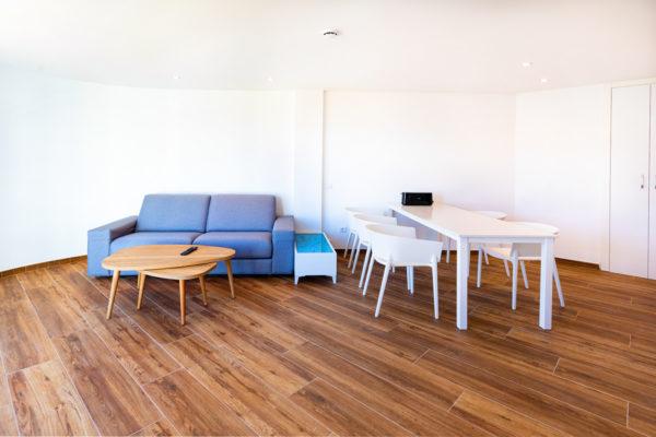 Alcossebre Sea Experience Aparthotel 4 Estrellas Apartamento 2 Dormitorios Vista Piscina y Mar Salon