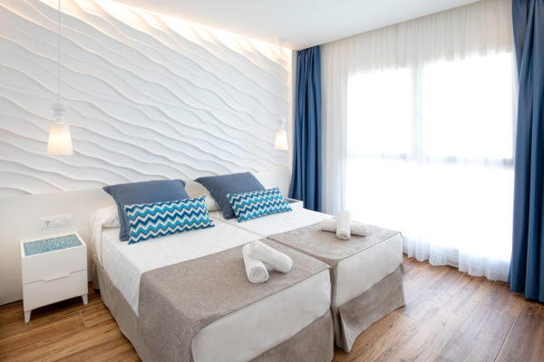 Alcossebre-Sea-Experience-Aparthotel-4-Estrellas-Apartamento-2-dormitorios-Terraza-Premium-Dormitorio