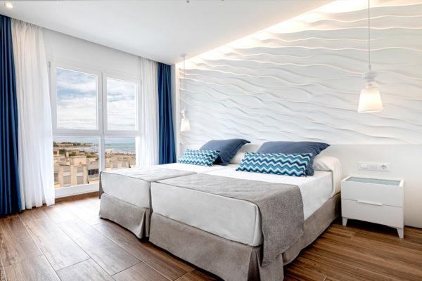 Alcossebre-Sea-Experience-Aparthotel-4-Estrellas-Apartamento-2-dormitorios-Vista-Mar-Lateral-Dormitorio-Vistas