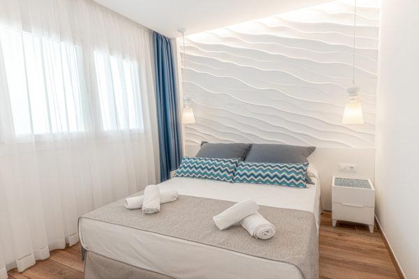 Alcossebre-Sea-Experience-Aparthotel-4-Estrellas-Apartamento-2-dormitorios-Vista-Mar-Lateral-Dormitorio2