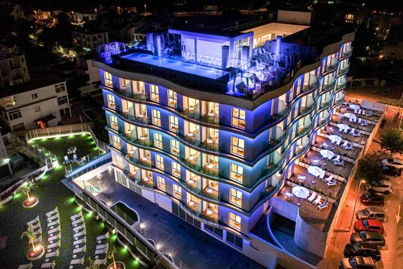 Alcossebre-Sea-Experience Aparthotel-4-Estrellas-Edificio-Noche-1