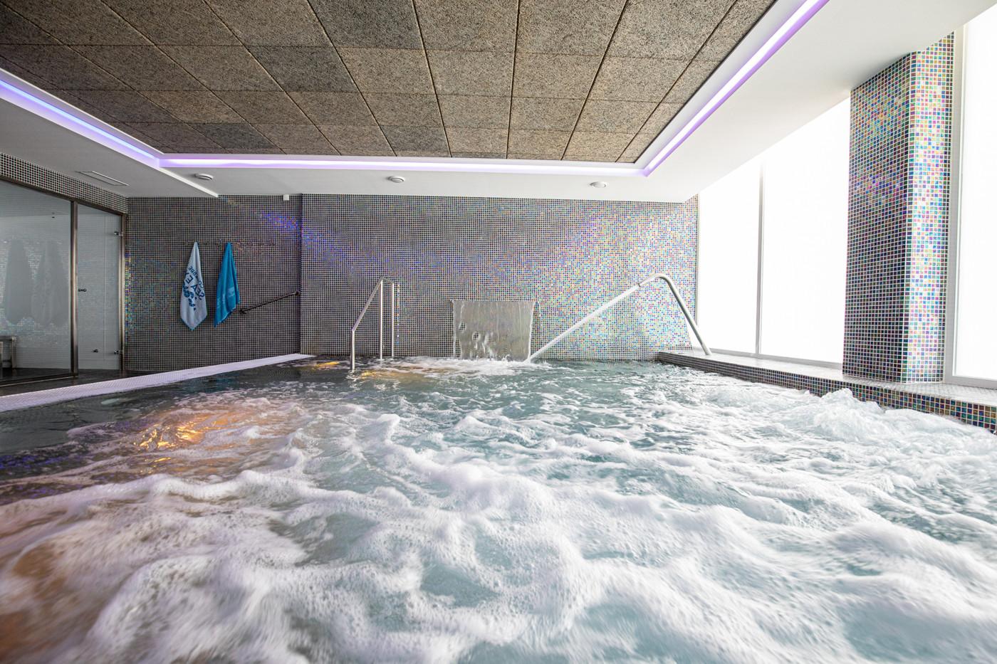 Spa Alcossebre Sea Experience Aparthotel 4 Estrellas piscina climatizada