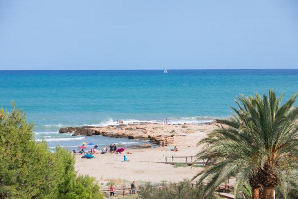 Alcossebre-Sea-Experience-Aparthotel-4-Estrellas-Skybar-Vistas-Cargador