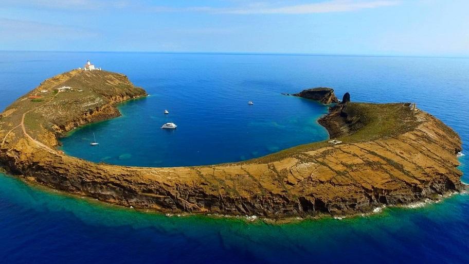 Parque Natural de Las Islas Columbretes Alcossere Castellón